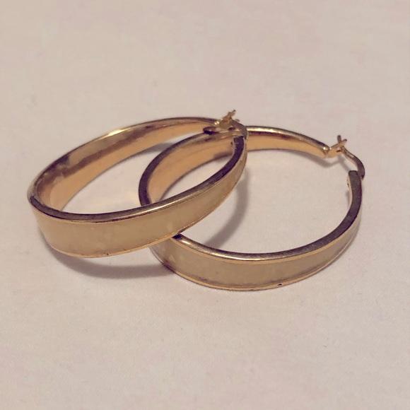 Gold hoop earrings with cream quartz